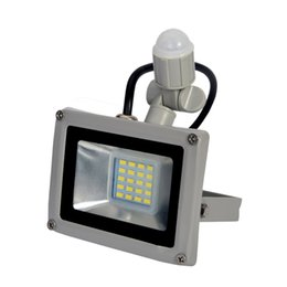 Wholesale Led Outdoor Floodlight Motion Sensor - Wholesale- LED PIR Motion Sensor Floodlight 20W Waterproof IP65 220V Floodlight Garden Spotlight Outdoor Wall Lamp Spotlight LED Street