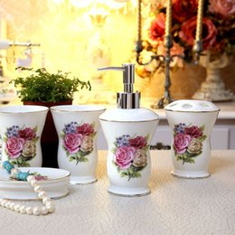 Wholesale Luxury Bathroom Accessories Set - Porcelain bathroom sets ultra-thin super white bone china fowers design five-piece set accessories bathroom sets luxury gifts