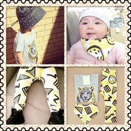 Wholesale Baby Tiger Outfit - 2017 Cute Toddler Baby Girls Boys Tiger Short Sleeve Tops T-shirt + Yellow Pants +Bib 3pcs Outfits Set 0-3T