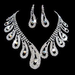 Wholesale Evening Earrings Crystal - Fashion Rhinestones Bridal Jewelry Sets Silver Crystals Wedding Necklaces And Earrings For Bride Prom Evening Party Accessories