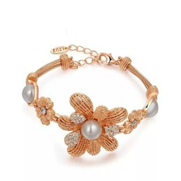 Wholesale Traditional Celtic Dresses - 2017 Fashion floewer bracelet for party dress women.s jewelry rose-gold plated charm bracelet for free shipping