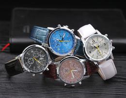 Wholesale Wholesale Fashion Watches For Women - 100pcs 2017 Splendid Luxury Fashion geneva watch mens Casual Classic Analog Quartz Leather band wrist watches Creative business for women