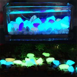 100PCS Glow in the Dark Stones Verde Decor Garden Outdoor Pebble Rocce luminose Blu Pretty Stylish attraente creativa da