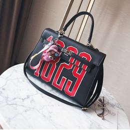 Wholesale Letter Shoulder Bag - Fashion letter style cross body bag, vogue clutch bag, western style shoulder bag, characteristic lady bag for elegant life