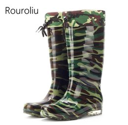 Wholesale Male Ankle Boots - Hot New Fashion Men Knee-high PVC Camouflage Green Rain Boots Flat Heels Soft Male Rainboots Waterproof Water Shoes TR93