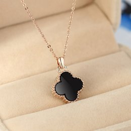 Wholesale Valentines Day Jewelry Box - Rose Gold Four Leaf Clover Pendant Necklace Trendy Titanium Steel Short Box Chain Necklace For Women Valentines Jewelry