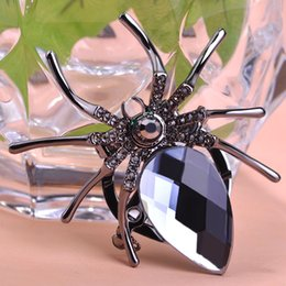 Wholesale Uk Brooch - Wholesale- Gray Jet Spider Brooch For Personality Gothic Womans Steampunk Broches Brooch Bouquet Collar Accessories Bijuterias Relogios UK