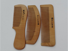Wholesale Round Wooden Handle Brush - Pure natural peach wooden comb Care peach comb Natural with handle peach wooden comb manufacturers selling