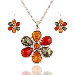 Wholesale Hypoallergenic Pendant Necklace - Best Sellers Retro Color Gemstone Flower Necklace Set all-match clavicle chain two piece hypoallergenic Earrings