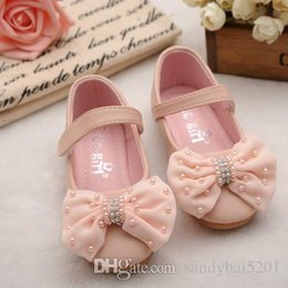 Wholesale Tulle Wedding Shoes - Baby Girls Leather Shoes 2017 Spring Kids Girls Pearl Sandals Infant Girl Tulle Bow First Walkers Princess Flat Dress Shoes S718