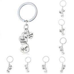 Wholesale Mom Keychains - New statement fashion jewelry i love you dad mom grandma son daughter letter family member key rings happy birthday keychains