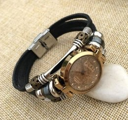 Wholesale Ladies Fashion Ornaments - Watches, ladies fashion, Rhinestone belts, bracelet watches, women's watches, bracelets, small dial, leather wrist ornaments, fashion and pr