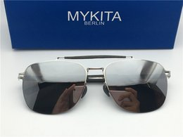 Wholesale alloy screws - new mykita sunglasses ultralight frame without screws ELON pilot frame flap top men brand designer sunglasses coating mirror lens