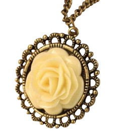 Wholesale High Quality Fashion Jewellery - Hot sales High quality Vintage necklaces Pendant Necklace Handmade chain Fashion rose pendant neckalce Jewellery free shipping