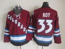 Parches de jersey online-Vintage Colorado Avalanche Patrick Roy hockey jerseys blancos 00-01 Temporada Inicio de época # 33 Patrick Roy Jersey con 2001 Copa Stanley Patch