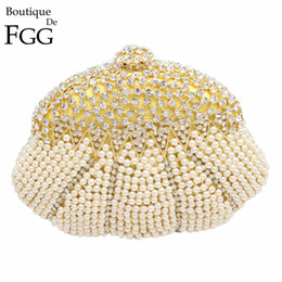 Wholesale Out Shoulders Wedding Dress - Wholesale- Gift Box Women Socialite Crystal Beaded Evening Clutches Bag Pearl Hollow Out Handbags Diamond Wedding Dress Bridal Clutch Purse