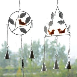 Wholesale home decor supplies wholesale - Retro Metal Bird Design Windbell Triangle Round Shape Wind Chime For Home Wall Hanging Decor Supplies 8 5hl BB