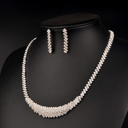 Discount fashion necklace sets for women - Crystal Wedding Jewelry Sets 3pcs set bracelet necklace earring Chocker Necklace Earrings High quality for Women Fashion NE588