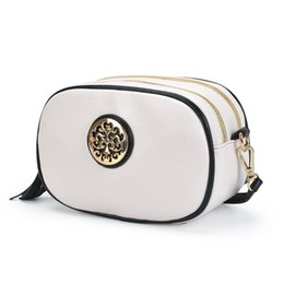 Wholesale Cosmetics Makeup Bags - 2016 Fashion Ladies Tassel Makeup Bags Storage Zippered Women Cosmetic Bags Cases Multi Functional bags Free shipping