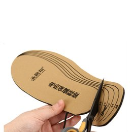 Wholesale Insoles Heating - Wholesale- 3.7V 3800MAh Electric Heating Insole Warming Shoe Pad With Smart Li-ion Battery 8 Hours Rapid Winter Feet Care For Women And Men