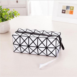 Wholesale Travel Fold Up Bags - Fashion Geometric folding make up bag Laser cosmetic bag casual women makeup case toiletry bag travel organizer beauty case