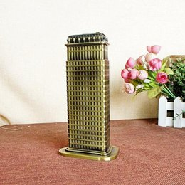 Wholesale Famous Craft - 18cm Height Metal Craft USA New York Famous Landmark Fuller Flatiron Building