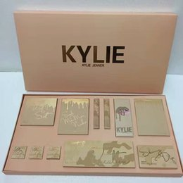Wholesale Color Bug Set - Kylie Vacation Edition Collection Makeup Set Take Me On Vacation Send Me More Nudes Shinny Dip Ultra Glow The Wet Set June Bug