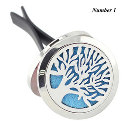 Wholesale Oil Pendants - Tree of Life 316L Stainless Steel Car Air Freshener 30mm Aromatherapy Essential Oil Diffuser Locket Vent Clip with Refill Pads