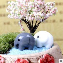 miniatures Sconti Resin Garden Decorations Fairy Garden Miniature Cute Elephant Miniature Landscape Ornaments Giardino Bonsai Decorazioni per casa delle bambole Mestiere in resina