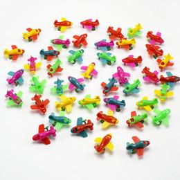 2000pcs/много Оптовая Супер Мини 2.5 см красочные пластиковые самолет планер модель игрушки для детей подарок от