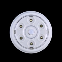 Wholesale Auto Door Sensor - Wholesale- Brand New 6 LED DC 3-6V Wireless Infrared PIR Auto Sensor Motion Detector Battery Powered Door Wall Light Lamp Stock Offer Hot