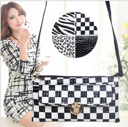 Wholesale Zebra Design Bags - Wholesale- 4 Colors Best Selling Crocodile Design Women Messenger Bags Elegant Leopard Girl Clutch Bag Fashion Lady Zebra Envelope Bag H128