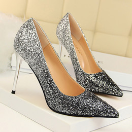 Wholesale Western Style Ladies Dresses - 8 Colors Sexy Women High Heels Glitter Gradient Color Pointed Toes Western Style Ladies Pumps