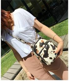 2019 sacos de noite de impressão animal Novas mulheres leite impresso designer mochilas senhora moda casual noite bolsas femininas sacos de ombro duplo no306 sacos de noite de impressão animal barato