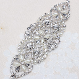 Wholesale Wholesale Iron Rhinestone Appliques - (5piece) Handmade Beaded Sewing Iron on Sliver Crystal Wedding Bridal Belt and Sashes Rhinestone Pearl Applique Patches