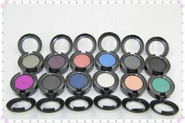 Зеркальные имена онлайн-Новый макияж yeshadow 24colors * с именем цвета * без зеркала * высоко-пигментированный порошок, 1.5 G 120pc