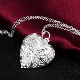 Wholesale Photo Frame Pendant Necklaces - Hollow Filigree Flower Heart Locket Photo Picture Frame Chain Necklace For Couple Lover Wife Girl Wedding Birthday Gift Silver Plated