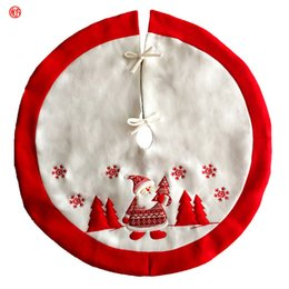 Wholesale Short Skirt Santa - 2017High Quality Embroidered Christmas Tree Skirt Santa Claus Red White Tree Skirt For Patry Home Hotel Decor Xmas Decorations