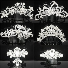 Wholesale Cheap Hair Accessories For Wedding - 2017 Cheap Bridal Wedding Tiaras Stunning Fine Comb Bridal Jewelry Accessories Crystal Pearl Hair Brush utterfly Hairpin For Bride