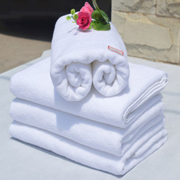 Wholesale Skins Bath Towels - 70*140Cm Cotton Woven Bath Towel Hotel Spa Exclusive Use White Color Towel Absorbent Bathroom Supplies Skin Friendly Towels Large Size