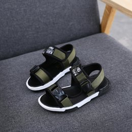 Wholesale Big Bottom - Boys sandals 2017 new summer Korean version, big child slip soft bottom, baby shoes, women's shoes, children's beach shoes