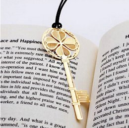 Wholesale Metal Hooked Bookmarks - Wholesale-Bookmark metal gold lucky key clip hooks Lovely stationery gift bookmarks Free shipping