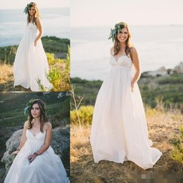 Wholesale Discount Drapes - Discount Beach Wedding Dresses Spaghetti Strap With Sweetheart Ivory Chiffon Bridal Gowns Country Style A Line Wedding Gowns