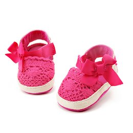 Wholesale Crochet Shoe Designs - Delebao 2017 New Knitting Fretwork Design Butterfly-knot Applique Hook & Loop Prewalkers Baby Girl Princess Shoes for 0-18 Month
