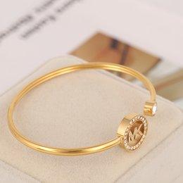 2020 novos projetos dos braceletes New pulseira de design com rodada oco e diamante para o tamanho mulheres pulseira em ouro e jóias de prata banhado PS5225A frete grátis novos projetos dos braceletes barato