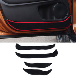 protetores de porta de carro lateral Desconto 2 cores Car-Styling Protector Borda Lateral Proteção Pad Protegido Anti-kick Door Mats Capa Para Honda HRV VEZEL 2014-2017