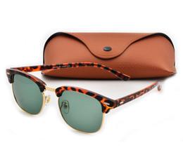 Wholesale Golden Free - 2017 vintage sunglasses women men new arrival plank frame sun glasses men sun glasses brand designer outdoor glasses with free cases and box
