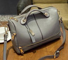 Wholesale Traditional Handbags - handbags traditional elegant red balck leather boston shoulder bag cross body