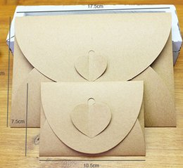 Wholesale Dvd Envelopes - Vintage Kraft Paper Envelope Bags with Heart Shape Buckle Paper CD Case DVD Bag Postcards Wish Cards Envelope Packing Bags Boxes