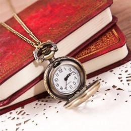 Wholesale Low Priced Pocket Watches - Wholesale-Fabulous low price Casual Vintage Retro Quartz Pocket Watch Pendant Chain Necklace wholesale 3.24